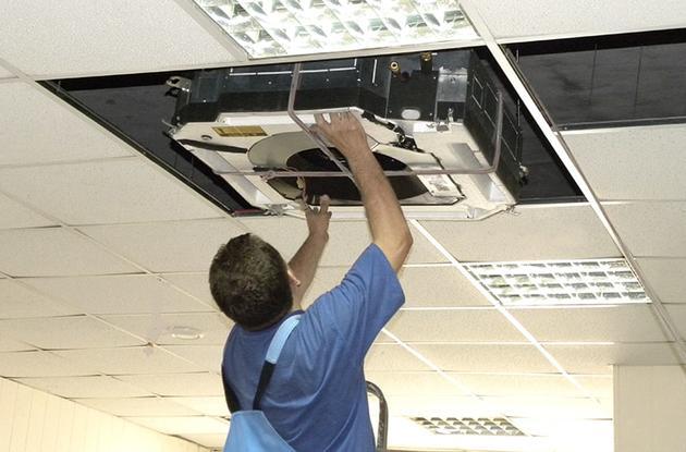 Монтаж касетної, канальної спліт-системи