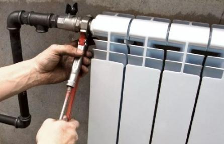 Встановлення батарей опаленняу штатне місце